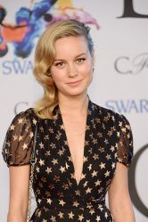 brie-larson-at-cfda-fashion-awards-in-new-york_1
