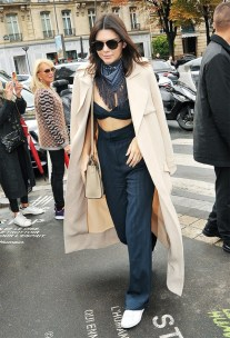 kendall-jenners-styling-tips-that-will-never-go-out-of-style-1614831-1452128214.640x0c