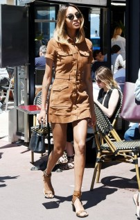 prepare-to-obsess-over-jourdan-dunns-cannes-street-style-1777351-1463773907.640x0c