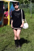 Daisy-Lowe-wearing-Coach-at-Glastonbury-Festival-2016-24th-June-4