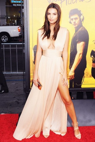 this-brand-is-about-to-be-on-every-red-carpet-1855893-1470092433.640x0c
