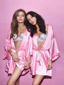 bella-hadids-first-vs-fashion-show-in-5-photos-1997571-1480540343-640x0c