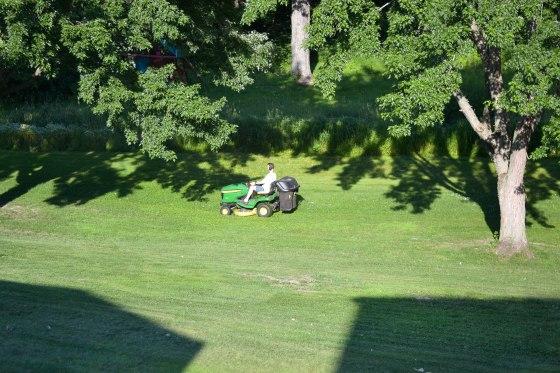 wpid-mowing.jpg