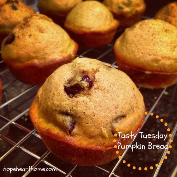tasty tuesday_pumpkinbread