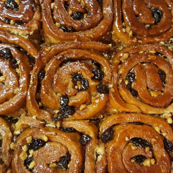 gayls-cinnamon-buns-photo