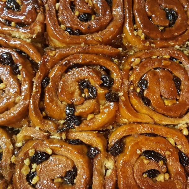 gayls-cinnamon-buns-photo