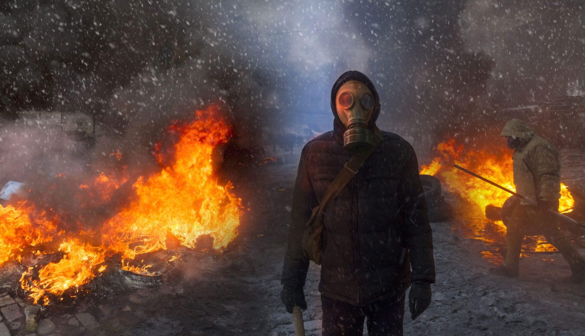 gasmask_burning_tires