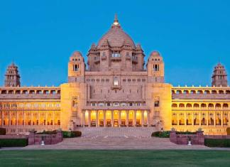 Tourist Places to Visit in India