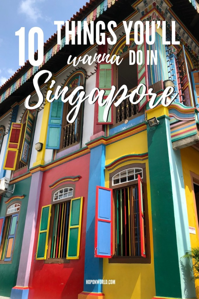 Planning a trip to Singapore? We highlight the 10 best attractions in Singapore which you'll absolutely love exploring. Plus awesome tips on what to do and see. #Singapore #travel #thingstodo #attractions #asiatravel