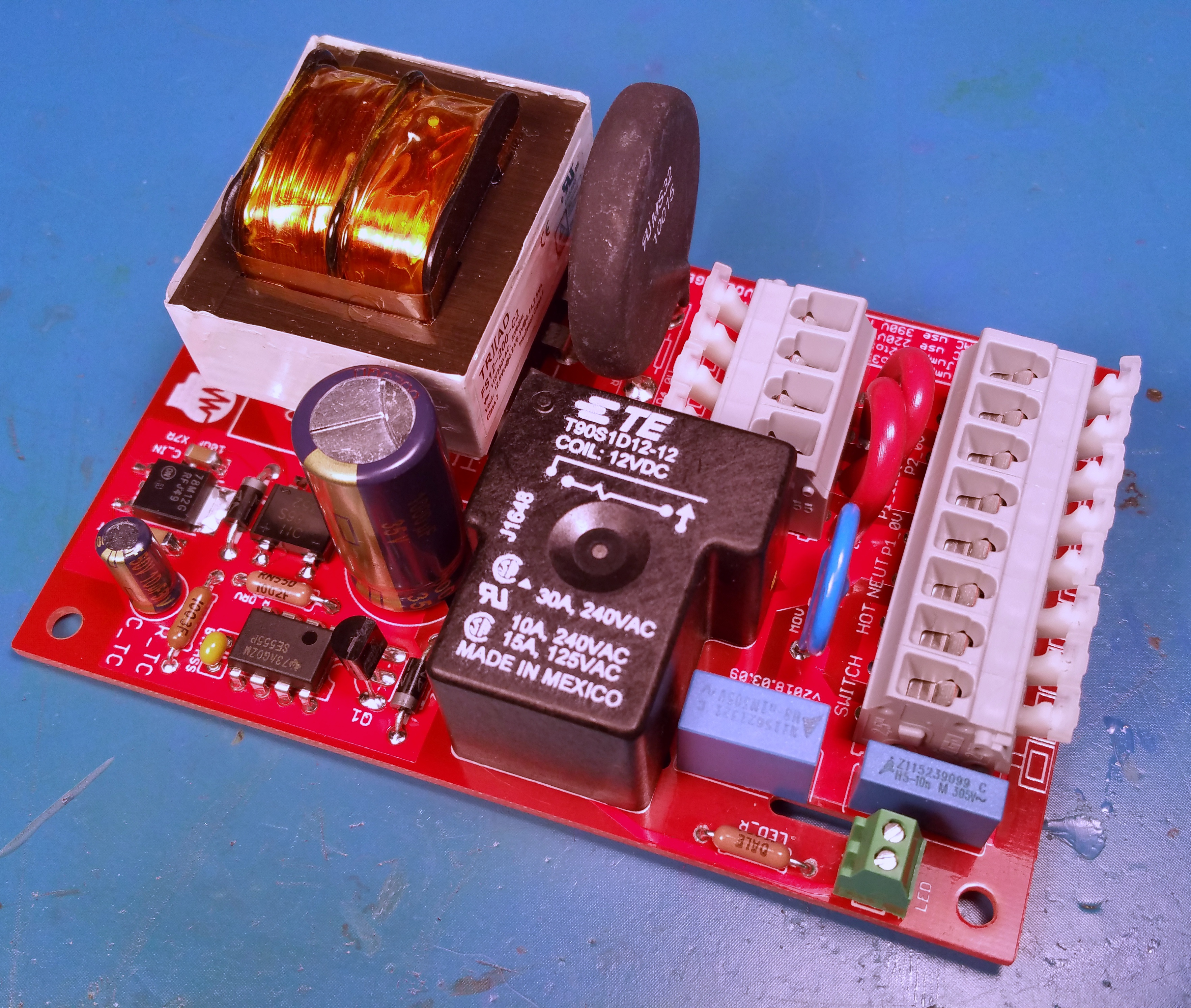 Universal Amplifier Soft-Start Power Supply Board