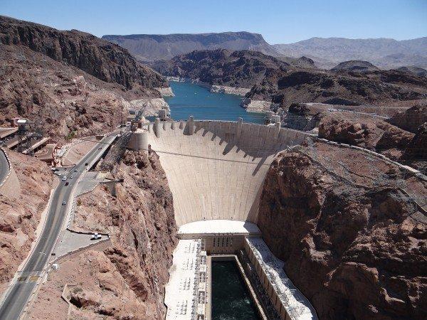 arizona-nevada-hoover-dam-reservoir-dam