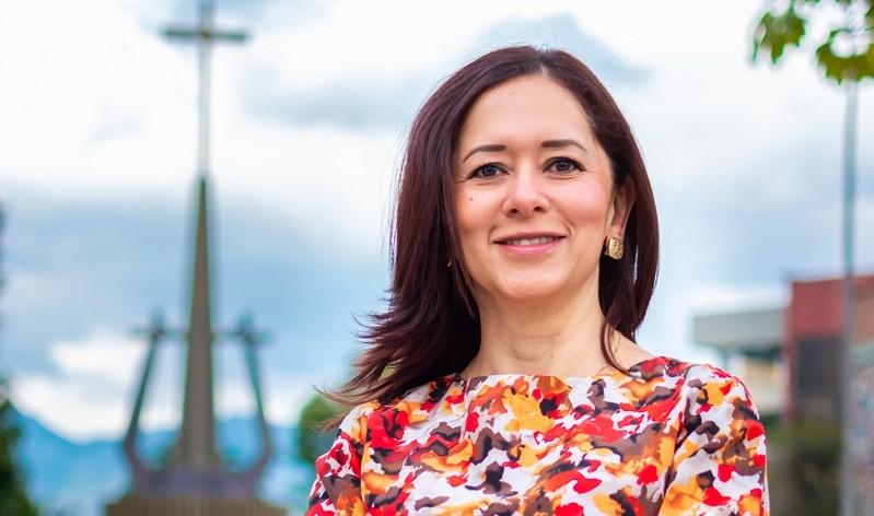 Dora Isabel Colindres, coordinadora general de Responsabilidad Social Universitaria de la UTPL.
