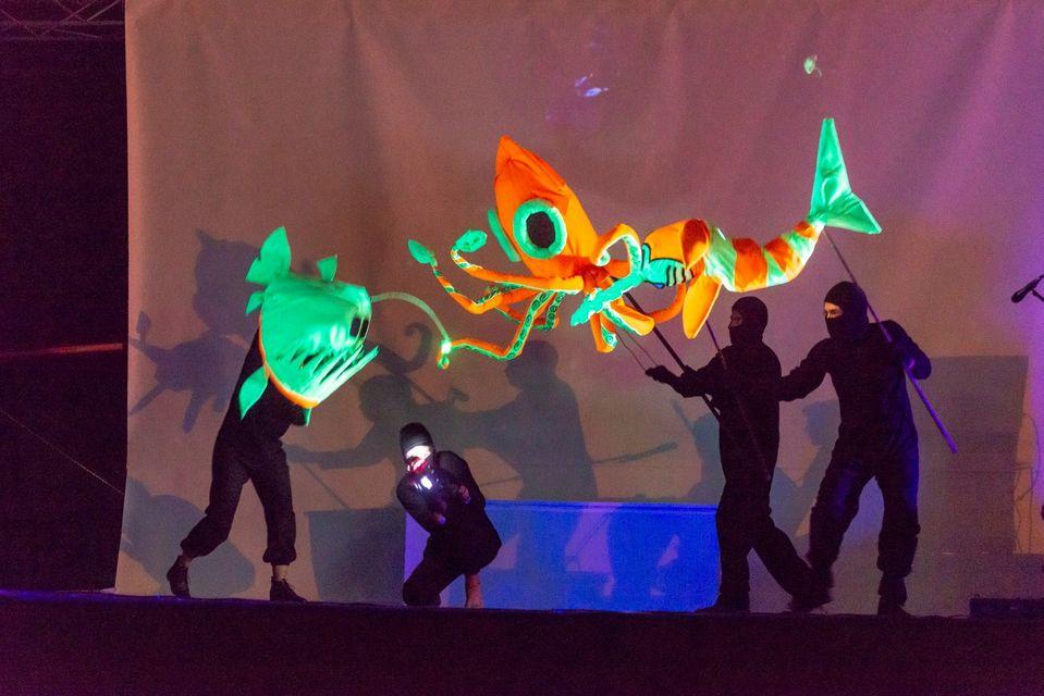 El público podrá disfrutar de las obras en la fanpage de Gestión Cultural de la UTPL. También se retransmitirán en la fanpage de Oz Teatral.