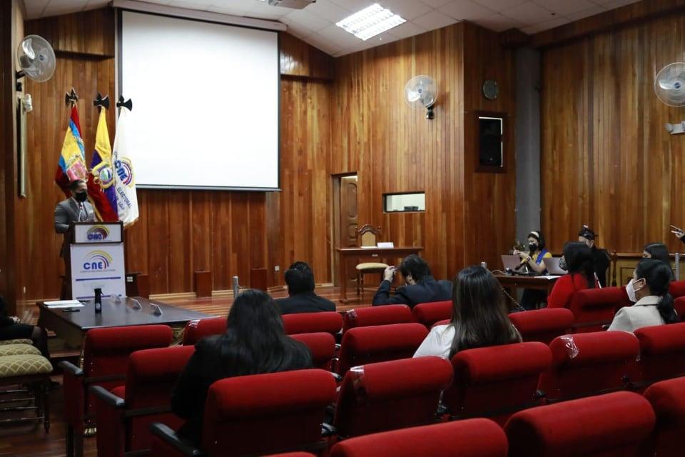 El evento se desarrolló en el Salón de la Democracia Matilde Hidalgo.