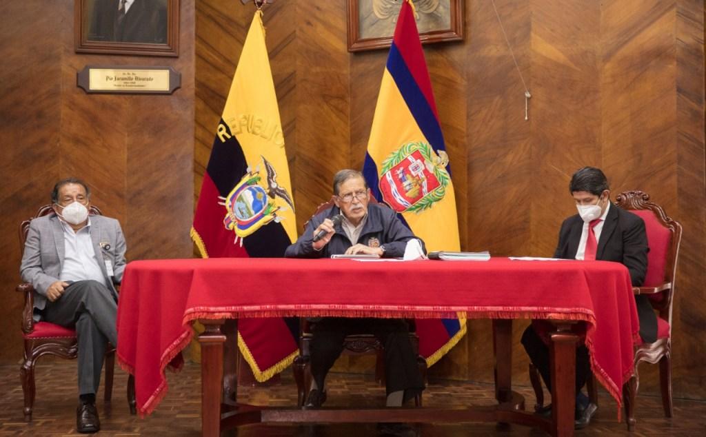 Jorge Bailón Abad, alcalde de Loja, dio detalles mediante rueda de prensa.