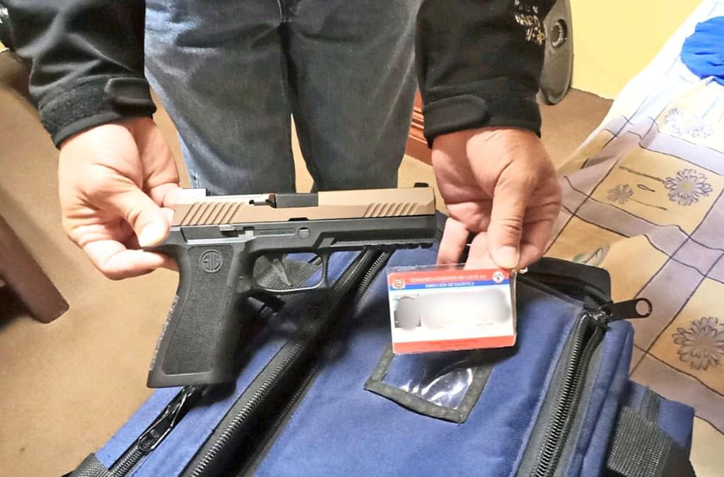 Para la tenencia y porte de un arma de fuego se debe cumplir varios requisitos y uno es un examen psicológico.