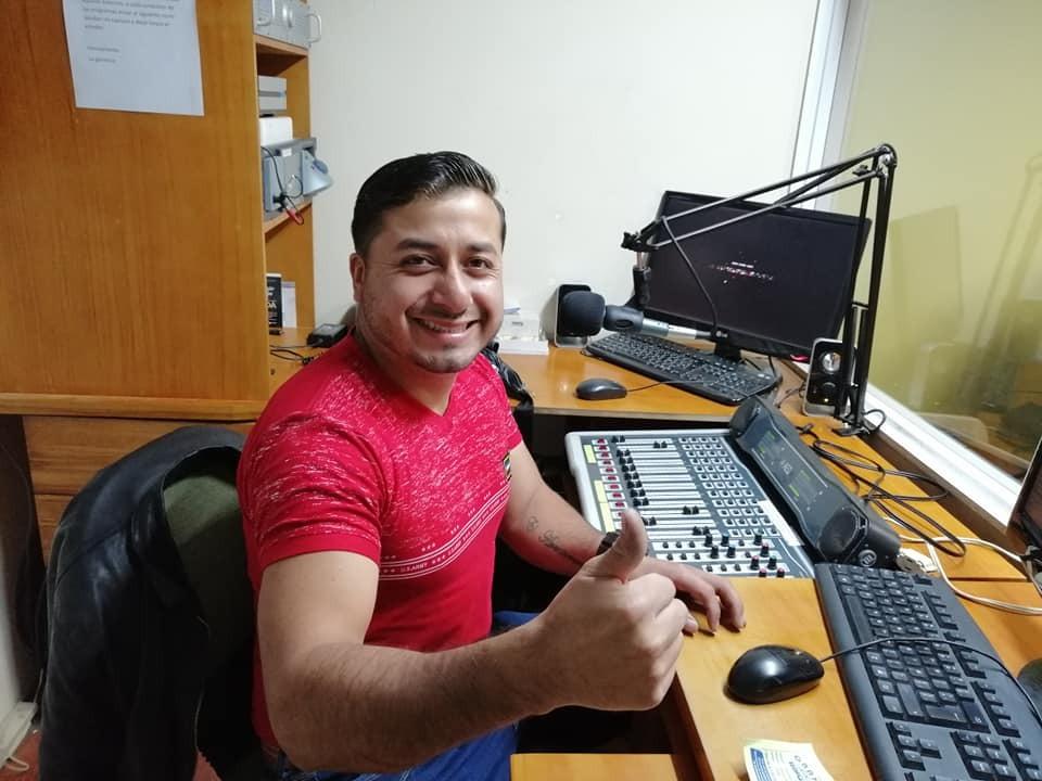 'Anthony, el aventurero', de Radio Zapotillo, se alista para la programación trazada.