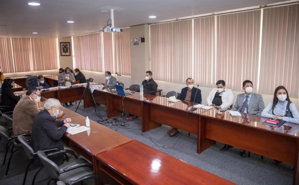 En la tarde de ayer se reunieron los integrantes del Comité Cantonal.