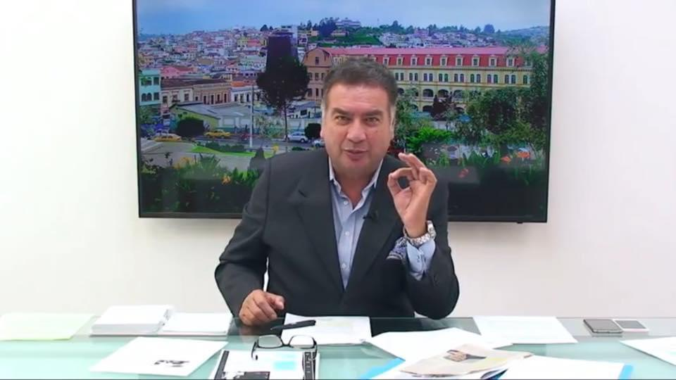 El aspirante a la Legislatura dice que sí se puede fomentar el progreso de la provincia de Loja.