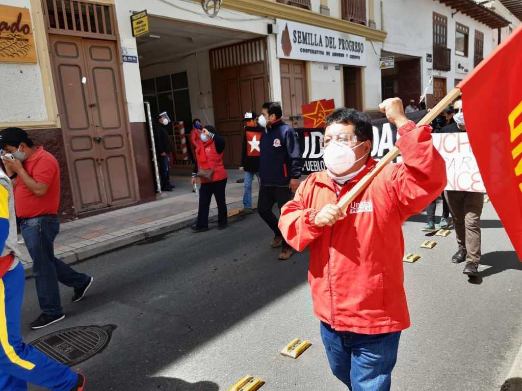 El dirigente lleva 38 años como docente. Actualmente trabaja en la Unidad Educativa Adolfo Valarezo.
