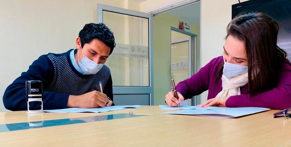 Los representantes de las instituciones firmaron el acuerdo.