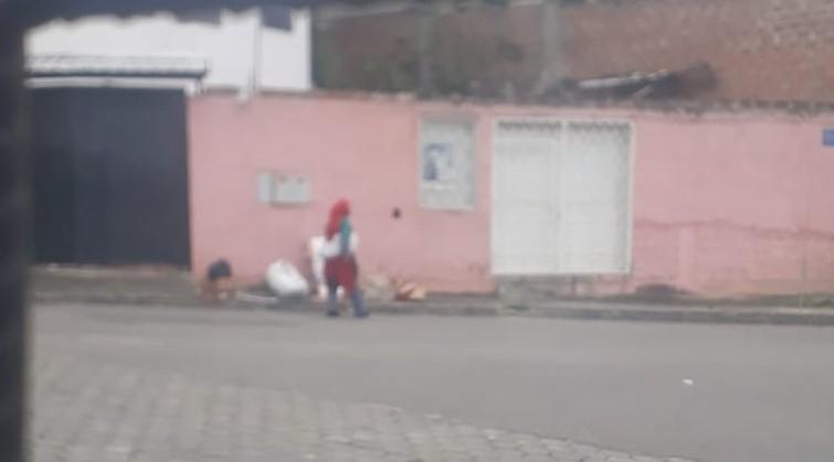 María Virginia, hace un año, caminaba libremente y sin rumbo por las calles de Loja.