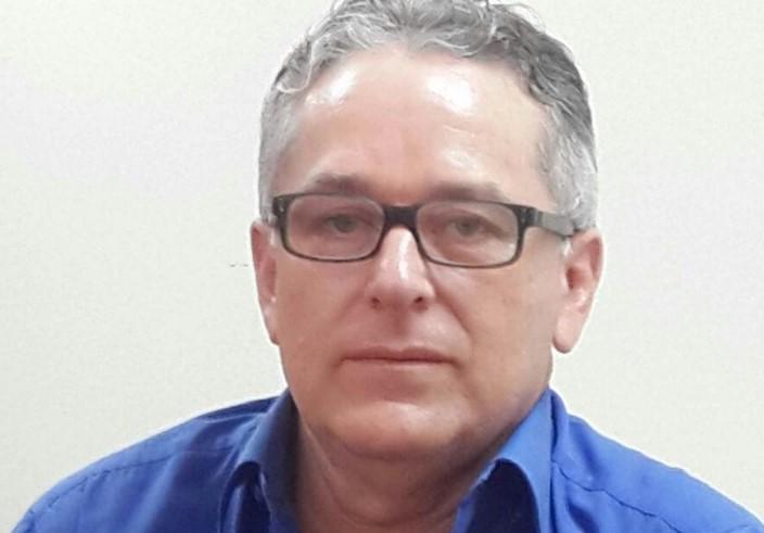 Camilo Espinosa Pereira, consultor educativo lojano, habla del perfil del funcionario público del nuevo régimen.