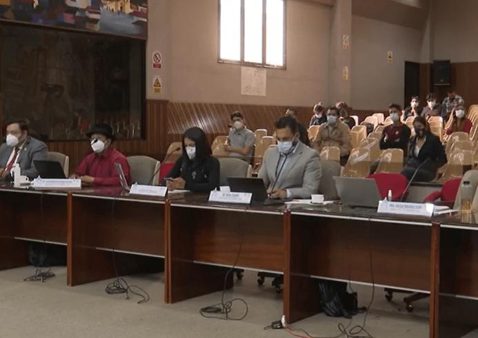 La resolución emitida no solo aplica para los tres concejales que defiende Luis Tapia Montesdeoca, sino también para los otros cuatro ediles.