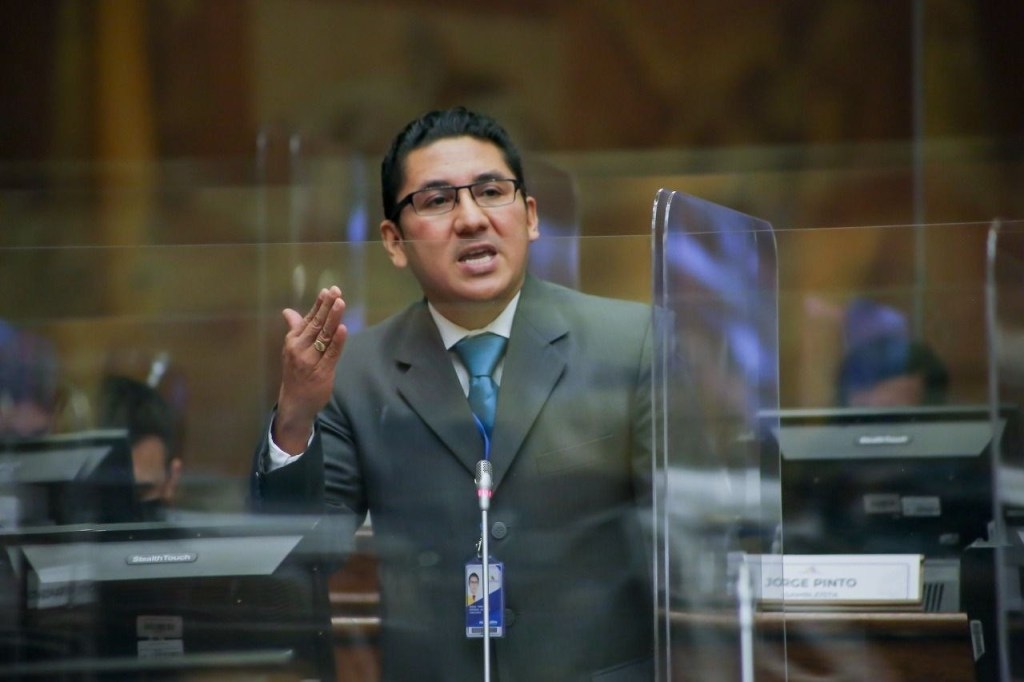 Diego Esparza Aguirre, asambleísta de Zamora Chinchipe.
