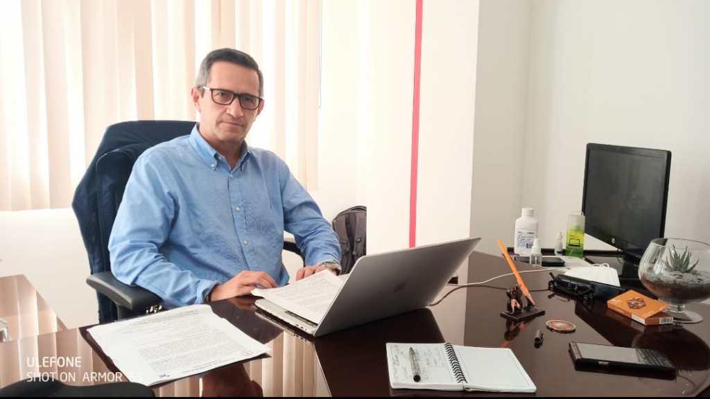 Pablo Falconí Ayora indica que la estación operativa-administrativa contará con tecnología de punta.