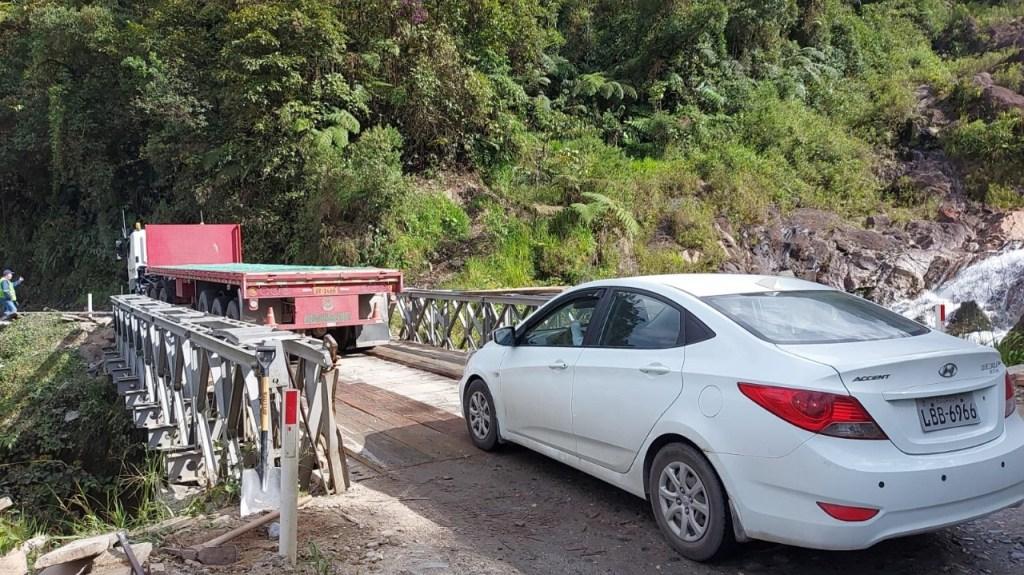 La carretera registra un gran tráfico vehicular, toda vez que conecta a la Sierra con la Amazonía.
