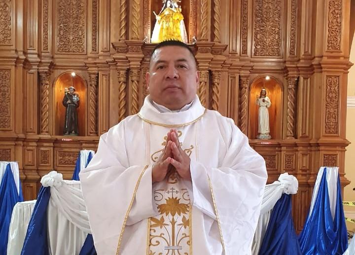 El religioso es, al momento, docente del Seminario Mayor Reina del Cisne.
