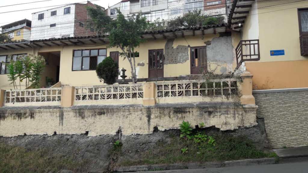 La casa se encuentra en la calle Eplicachima, en el occidente de la ciudad de Loja.