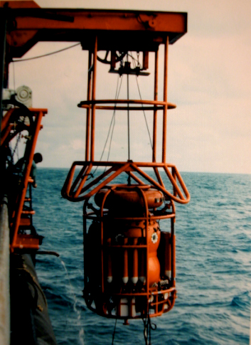 "COMEX ""Diving Bell"""