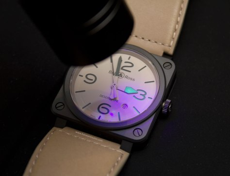 Bell-&-Ross-BR-Desert-Type-SuperLuminova-Horasyminutos