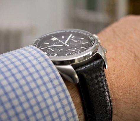 bulova-moon-watch-8-horasyminutos