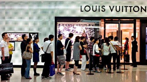 crisis-industria-relojera-suiza-clientes-chinos-lujo-horasyminutos