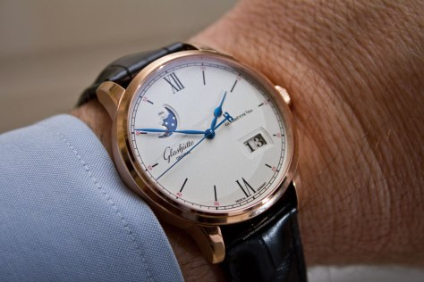 glashutte-original-senator-excellence-panorma-date-moon-phase-red-gold-6-horasyminutos