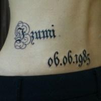 レター筆記体のタトゥー画像