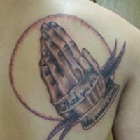 プレイングハンドのタトゥー画像