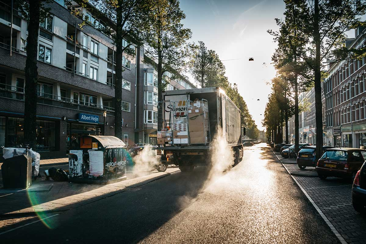 Urban goods deliveries add to traffic congestion, noise and pollution. Image credit - Andrew Kambel/ Unsplash