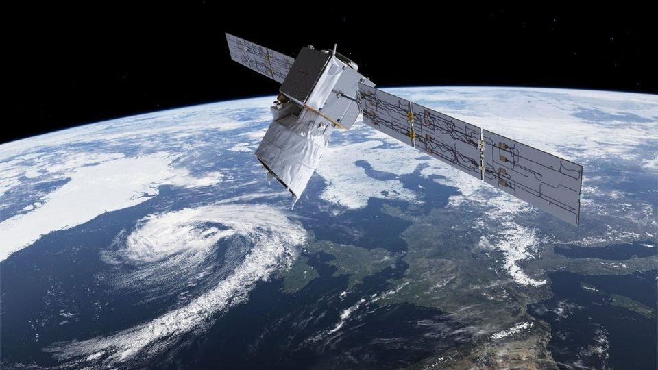 A near-collision between the European science satellite Aeolus and a satellite from the US company SpaceX has shown the need to keep better track of objects in space. Image credit - ESA/ATG MEDIALAB