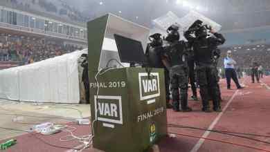 "Photo of بيان .. ""الكاف"" يجتمع قريبا لحل أزمة مباراة إياب نهائي دوري أبطال إفريقيا"