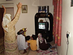 Family in front of TV 2