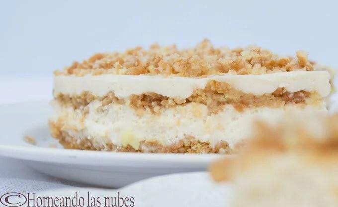 Tarta de galletas rellenas de crema de limón