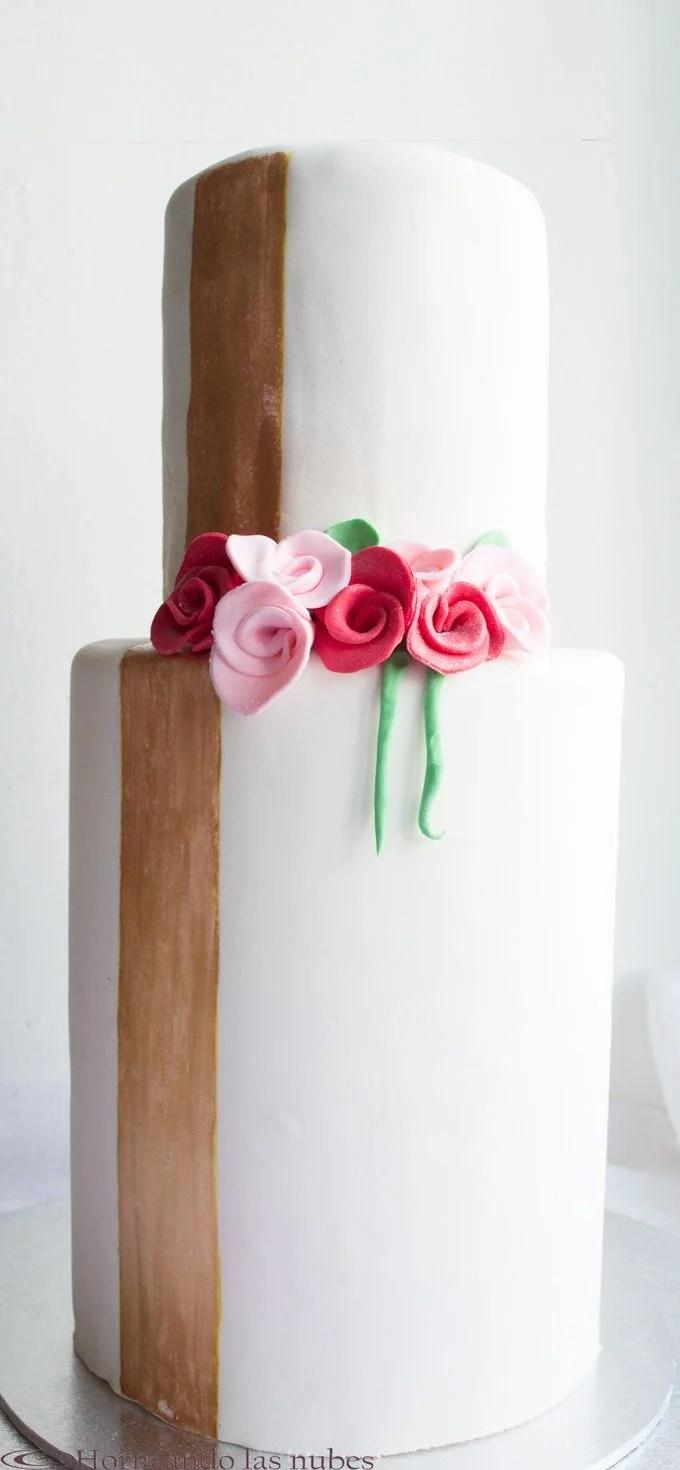 Tarta de boda estilizada y sobria