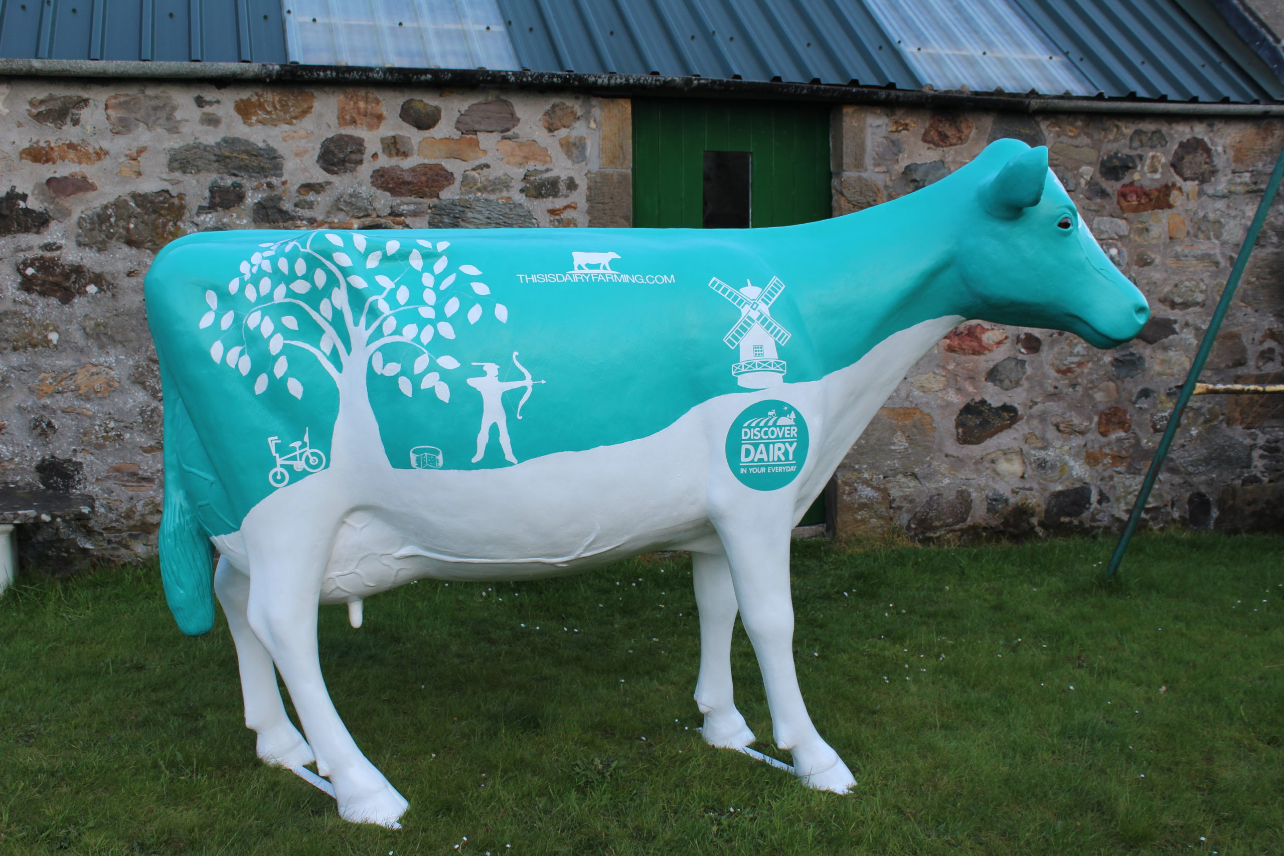Discover Dairy Cow Model Statue