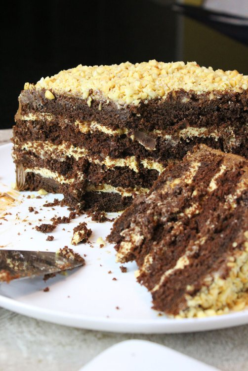 How to make a snickers cake