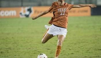 Senior Julie Arnold scored her first career goal in the win over Arkansas-Little Rock (Photo: courtesy Texassports.com).