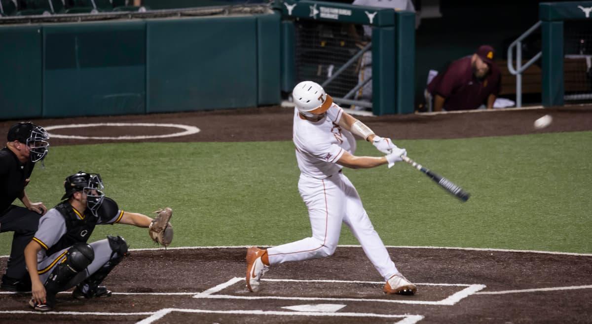 OG No 2 Texas Baseball Plays in Super Regionals